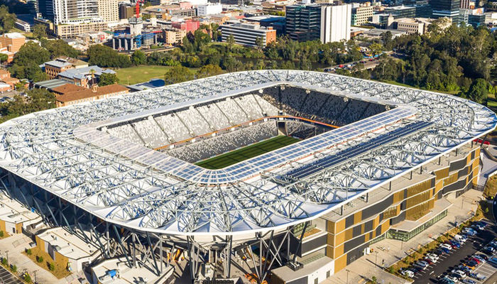 Updates: Western Sydney Wanderers v Leeds United