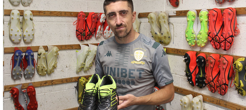 Signed boots for auction: Pablo Hernandez