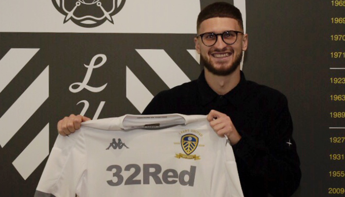 Mateusz Klich signs new contract