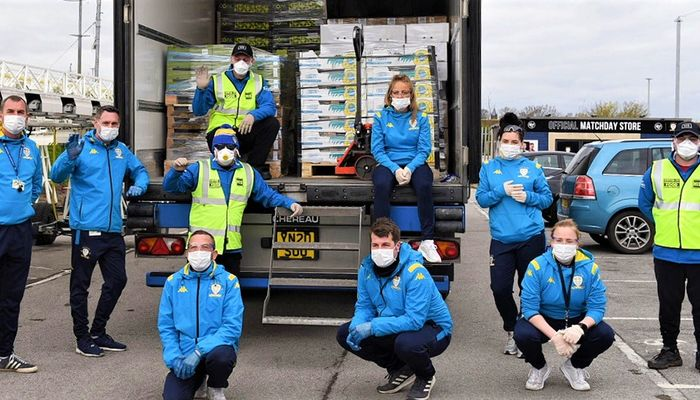 Leeds United partner with His Church to distribute food parcels