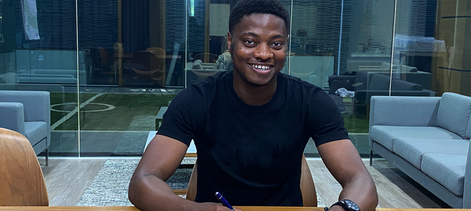 Bobby Kamwa pens two-year deal