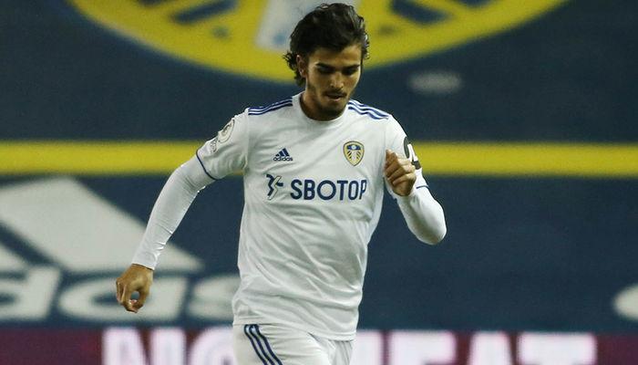 Team news: Struijk and Alioski start at Villa Park