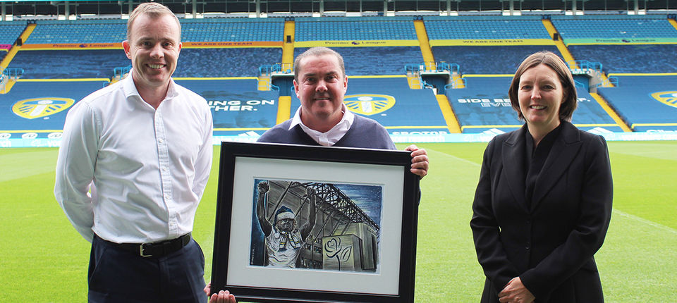 Leeds United and Yorkshire Cancer Research launch Christmas card