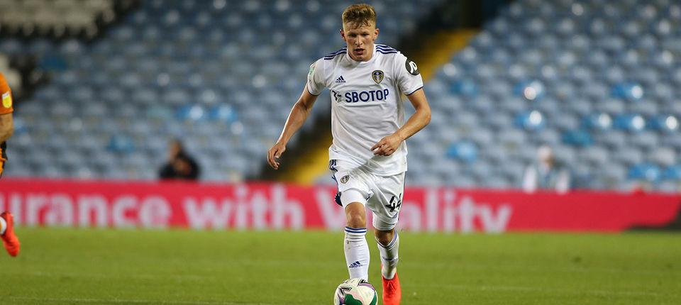 Mateusz Bogusz heads out on loan