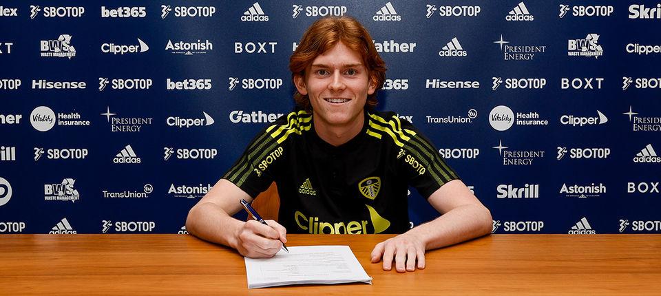 Sean McGurk joins Leeds United