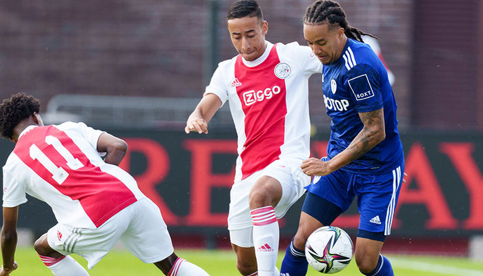 Report: AFC Ajax XI 3-1 Leeds United XI