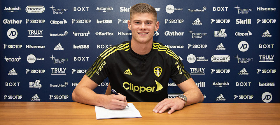 Charlie Cresswell pens new deal