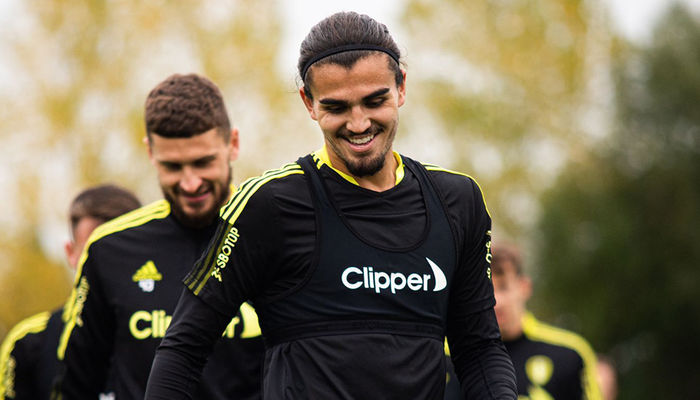 Gallery: Training ahead of Wolves