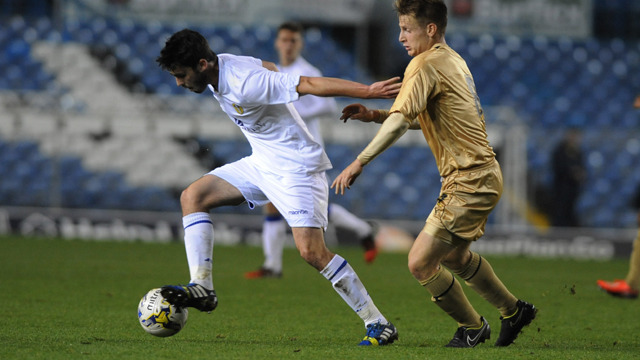 PURVER AGREES NEW LEEDS DEAL
