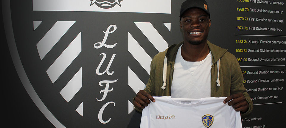 WHITES SNAP UP FORWARD