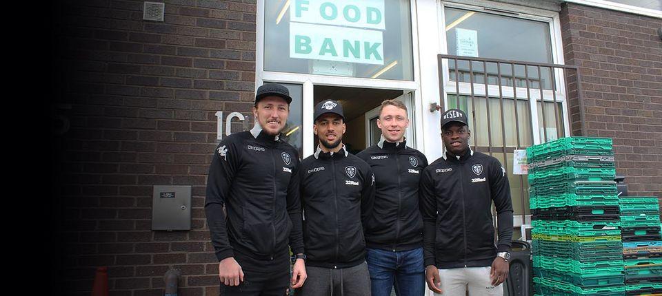 Players Donate To Leeds Food Bank Leeds United