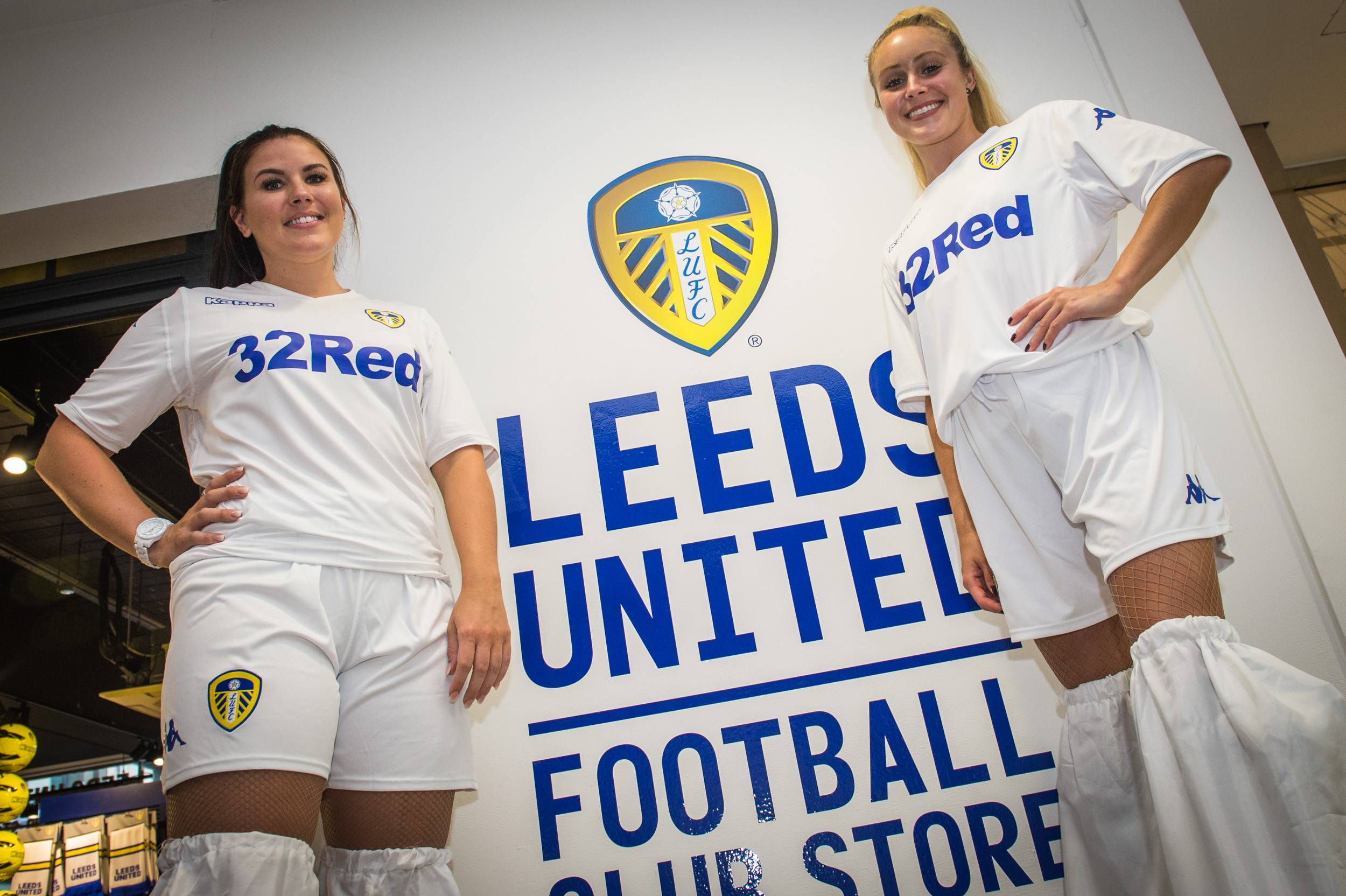 487b54dae 2018 19 HOME KIT LAUNCH SUCCESS - Leeds United