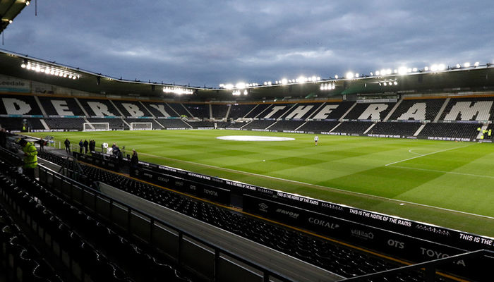 LUTV LIVE: DERBY COUNTY V LEEDS UNITED