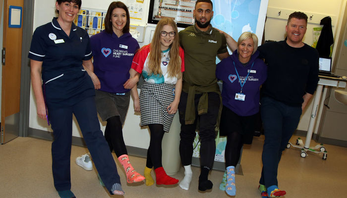 Kemar Roofe joins the #LotsOfSocks campaign